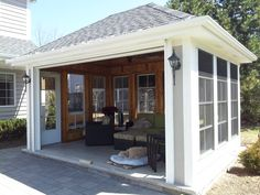 Stand-alone Screen Porch / 3 Seasons room w remote roll-up door.