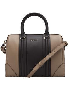 Givenchy - Two tone bag My Style Bags, Love Her Style, Luggage Accessories, Handbag Accessories, Safari, Corporate Style, Designer Shoulder Bags, Designer Handbags, Givenchy