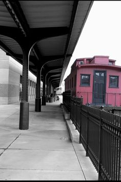 caboose Pittsburgh Attractions, Pittsburgh Pa, Train Tracks, Train Rides, Train Platform, Bus Tickets, Old Trains, Ohio River, Best Places To Live