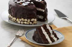 Ingredients Cake 2 1/4 cups all-purpose flour 3/4 cup Dutched cocoa powder 2 teaspoons baking soda