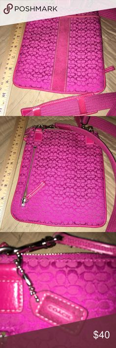 Authentic Coach Party Purse Vintage 1990s If this purse could talk...!  Sadly I'm too old and need a much bigger purse. This bag has been to concerts (80s bands, Maroon 5, Sammy Hagar-front row), sporting events (Blues hockey, Kentucky Derby)...Somebody needs to take her out again. She's tired of sitting in my closet. ♥️ Coach Bags Crossbody Bags