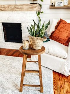 Favorite Neutral Paints & Stains | Full Hearted Home Neutral Paint Colors, Paint Colors For Home, Wood Colors, House Colors, Exterior Wood Stain Colors, Exterior Color Schemes, Farmhouse Paint Colors, Dark Wood Stain, Paint Stain