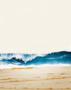 Showcase of surf photography by surf photographer Mike Smolowe on Club Of The Waves