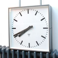 Czech industrial Pragotron clock