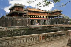 Cua Ngo Mon (The Noon Gate) is the main southern entrance to Hue and was built in 1823