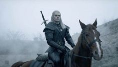 The Witcher on Netflix: Henry Cavil on casting spells and casting horses. I interview actor Henry Cavill along with actors Anya Chalotra, Freya Allan and showrunner Lauren Hissrich all about the new Netflix TV fantasy series, The Witcher. Fantasy Shows, New Fantasy, Fantasy Series, Netflix Releases, Netflix Tv Shows, Ripper Street, Geek Movies, Action Movies, Star Citizen