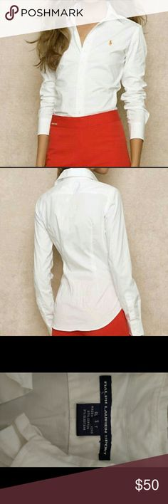 Ralph Lauren Button Down Excellent condition! Worn two times! Made of cotton and elastane Ralph Lauren Tops Button Down Shirts