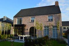 WNB004 - Vrijstaande pastorijwoning te Tisselt.
