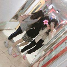3 Best Friends, Korean Best Friends, Best Friend Goals, Best Friends Forever, Ulzzang Korean Girl, Ulzzang Couple, Best Friend Pictures, Friend Photos, Cute Korean Fashion