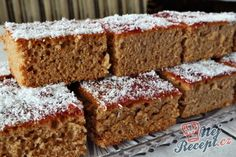 Sweet Cakes, Rum, Banana Bread, Food And Drink, Yummy Food, Baking, Pies, Kuchen, Delicious Food