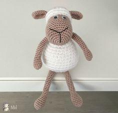 Ovejita amigurumi Crochet Sheep, Knit Crochet, Couture Embroidery, Tweety, Lamb, Mickey Mouse, Crochet Patterns, Elephant, Teddy Bear