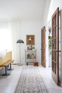 - 70s style: light + doors & hinges