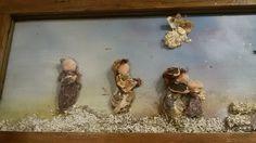 Un particolare del Presepe di conchiglie, sassi, rami di legno , ecc...  A detail of the Nativity of shells , stones, sticks of wood ....
