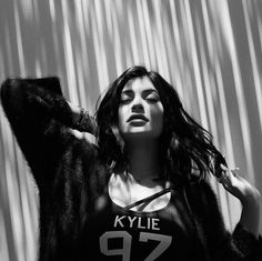 Kylie, a fashionista da família Kardashian-Jenner - clica pra ver mais!