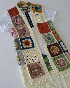 Fabulous Crochet a Little Black Crochet Dress Ideas. Georgeous Crochet a Little Black Crochet Dress Ideas. Black Crochet Dress, Crochet Coat, Crochet Jacket, Crochet Cardigan, Love Crochet, Crochet Granny, Crochet Clothes, Crochet Stitches, Crochet Patterns