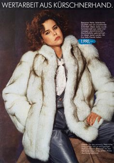 White Fox, Blue And White, Stunning Brunette, Fox Fur Coat, Fur Fashion, Style Guides, Vintage Fashion, Leather Jacket, Lady
