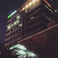 C h e c k i n g  o u t  o u r  l i v e  s e s s i o n  y e s t e r d a y . #nighttoremember #ntadvisory #soloact #ecoplaza #stapleandperk #hideaways #goodplace Skyscraper, Acting, Photo And Video, Night, Image, Instagram, Skyscrapers