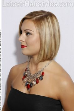 Blonde Bob with Highlights Side