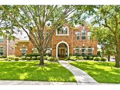 Country Brook Estate at 4404 Landpiper Court in Dallas, Texas. #mynewhome #classic #ebbyppp