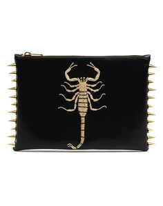 How awesome is The Scorpion Clutch by C MPLT UNKN WN??!!