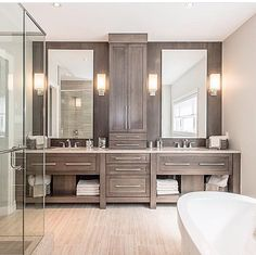 Master bathroom @ Keys