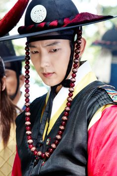 Some of Lee Joon Gi's Best Looks in Historical Costume Yeon Woo Jin, Lee Joong Ki, Arang And The Magistrate, Wang So, Yoo Seung Ho, Korean Hanbok, Asia, Korean Star, Joon Gi