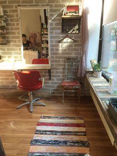 liike Rugs, Home Decor, Farmhouse Rugs, Decoration Home, Room Decor, Home Interior Design, Rug, Home Decoration, Interior Design