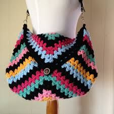 Αποτέλεσμα εικόνας για crocheting while joining at the bottom of the bag