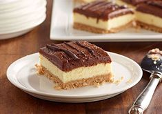 The cheesecake mix helps make these frozen no-bake bars so easy to make. No Bake Chocolate Cheesecake, Cheesecake Mix, Chocolate Oatmeal Cookies, Greek Sweets, Greek Desserts, Baking Recipes, Cake Recipes, Dessert Recipes, Peanut Butter Desserts