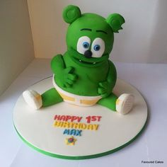 Gummy Bear Cake Cake by Favoured Cakes Gummy Bear Cakes, Gummy Bears, Leo Birthday, 3rd Birthday Parties, Birthday Ideas, Birth Cakes, Bear Party, Cupcake Cakes, Cupcakes
