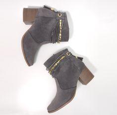 125 melhores imagens de Botas e coturnos   Fashion shoes, Ankle ... 9f50ba5d73