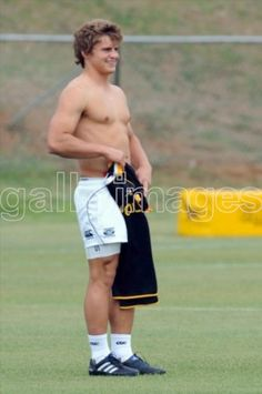 JOHANNESBURG, SOUTH AFRICA - OCTOBER 22, Patrick Lambie during the Springboks training session at Hyde Park High School on October 22, 2010 in Johannesburg, South Africa..Photo by Lee Warren / Gallo Images Hot Rugby Players, Durban South Africa, Hyde Park, Sexy Men, Eye Candy, Boyfriend, Sporty, Guys, Sharks