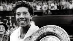 Agosto 22 en la historia: Althea Gibson becomes first African-American on U.S. tennis tour; Black Panthers' co-founder Huey Newton killed; The last Jewish settlers leave the Gaza Strip; President Bill Clinton signs welfare reform into law;  Sci-fi author Ray Bradbury and singer Tori Amos born. - http://bambinoides.com/agosto-22-en-la-historia-althea-gibson-becomes-first-african-american-on-u-s-tennis-tour-black-panthers-co-founder-huey-newton-killed-the-last-jewish-settlers-l