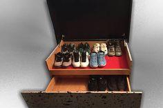 56c57f31f93 Artículos similares a Michael Jordan Nike Shoe Box with REAL Elephant Print  en Etsy
