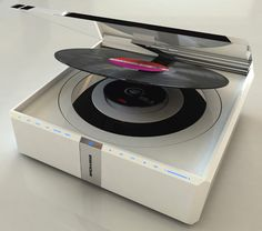 The Zero.1 by Francesco Cugusi and Roberto Strippoli - a concept design for a CD player and a vinyl record player.
