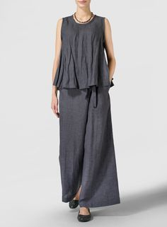 Smokey Gray Light-weight Linen Peplum Top - A peplum hem brings a touch of girly frill to a relaxed, tank-style cut top from a gauzy-light blend of breathable linen. 60 Fashion, Fashion Pants, Womens Fashion, Wide Leg Linen Pants, Linen Trousers, Miss Me Outfits, Casual Outfits, Blouse En Lin, Linen Blouse
