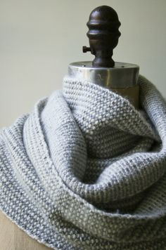 Laura's Loop: Reversible Stripes Scarf - The Purl Bee - Knitting Crochet Sewing Embroidery Crafts Patterns and Ideas!