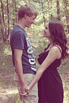 Cute couples picture idea! #cute #couple