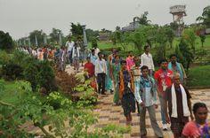 15-16 जुलाई 2016, दंतेवाड़ा के पंचायत जनप्रतिनिधियों ने नया रायपुर स्थित पुरखौती मुक्तांगन का भ्रमण किया एवं नृत्यकर्ताओं की प्रस्तुति को जी भरके देखा।