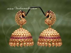 Gold Jhumka Earrings, Gold Bridal Earrings, Jewelry Design Earrings, Gold Earrings Designs, Golden Earrings, Antique Earrings, Bridal Jewelry, Gold Necklace, Gold Bangles Design