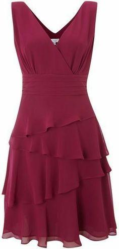 Love this: Sleeveless Vneck Layerered Dress Lyst Discover the most beautiful dress patterns on this Dress Skirt, Peplum Dress, Dress Up, Pretty Dresses, Beautiful Dresses, Pretty Outfits, Classy Dress, African Fashion, Korean Fashion