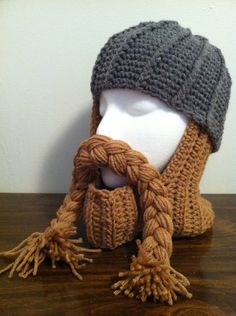 Crochet Dwarf Beard Hat Pattern : 1000+ images about Crochet Viking Dwarf,Roman Warrior ...