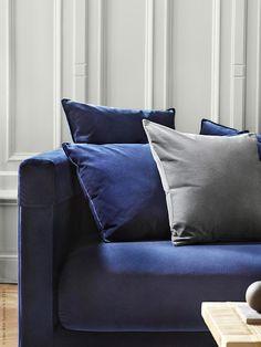 Stylisten Tina Hellberg har inrett ett hem med Ikeas populära kollektion Stockholm 2017 – spana in de vackra miljöbilderna!