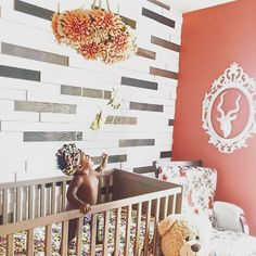 So much to love in this sweet nursery, but the best part? It's got to be that cutie in the crib!  Image by @thejamielynnshow