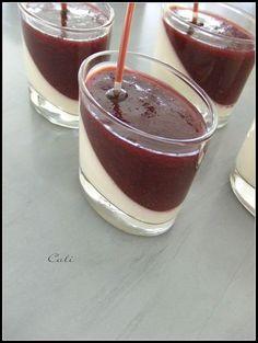 Verrine romeu e julieta - 1 vidro requeijao, 1 lata de creme de leite e 1 leite condensado. Bate no liquidificador e leva pra gelar. Quando tiver gelado, cobre com a calda de goiabada