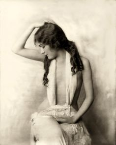 vintage_stock___alice_wilkie_by_hello_tuesday-d36b55h.jpg 1.198×1.500 pixel