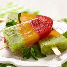Aprenda a fazer o picolé mexicano com recheio de frutas