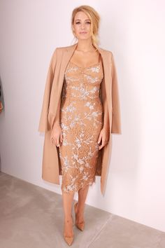 Blake Lively from New York Fashion Week Fall Star Sightings The Gossip Girl alum is flawless at Michael Kors. New York Fashion, Fashion Mode, Fashion Week, Look Fashion, Fashion Show, Fashion Styles, Trendy Fashion, Womens Fashion, Fashion Outfits