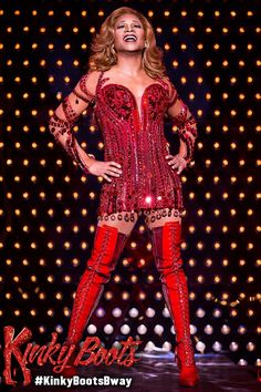 Honey if you don't get inspired by Lola, then nothing will inspire you! Billie Porter as 'Lola' in Kinky Boots The Musical on #Broadway in #NewYorkCity. #KinkyBootsBway
