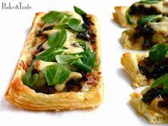 Bake&Taste: Tarta z kalafiorem, karmelizowaną czerwoną cebulą, szynką parmeńską i beszamelem